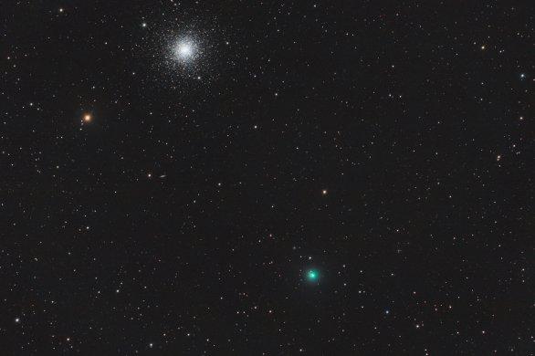 "C/2020 T2 (Palomar) & M3 , 15. 5. 2021 01:25, Bulovka, Celestron EdgeHD 9.25"" f/2.2 Hyperstar V4, Optolong L-Pro, ZWO ASI294MC Pro, 75x30sec, dark, flat, bias Autor: Roman Hujer"