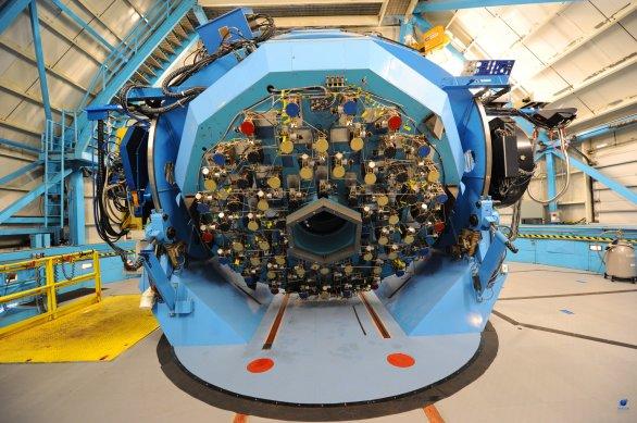 Zadní část aktivní optiky dalekohledu Observatoř WIYN. Observatoř Kitt Peak, Arizona, USA Autor: Zdeněk Bardon