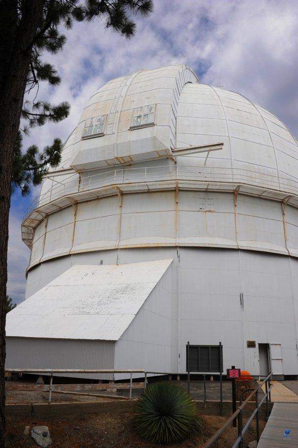 Kopule 100 - palcového Hooker dalekohled. Mt. Wilson, Kalifornie, USA Autor: Zdeněk Bardon