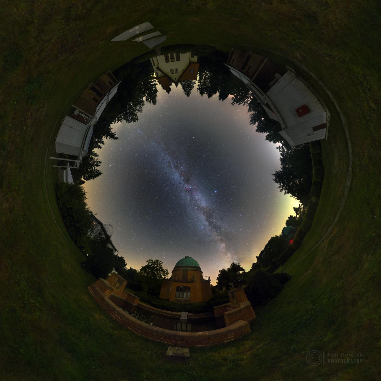 0d1fdc64a Obrazem: Hvězdné nebe nad ondřejovskou observatoří | Multimédia ...